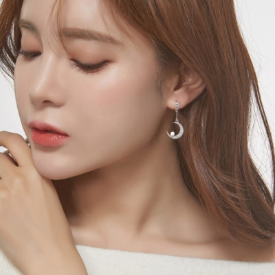 梨花HaNA 無耳洞/耳針款韓國星月約定珍珠耳環