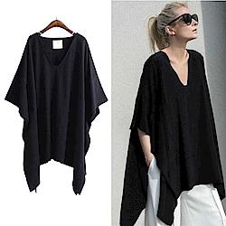 MOCO黑色U領側邊大開叉不規則棉質寬鬆上衣XL~4L