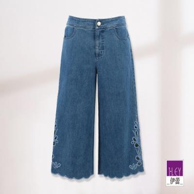 ILEY伊蕾 優雅花卉蕾絲刺繡七分牛仔寬褲(藍)
