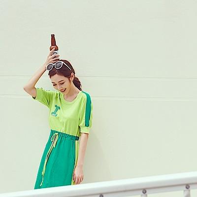 IREAL 配色品牌字母抽繩洋裝