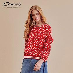 OUWEY歐薇 運動風幾何印花上衣(紅)