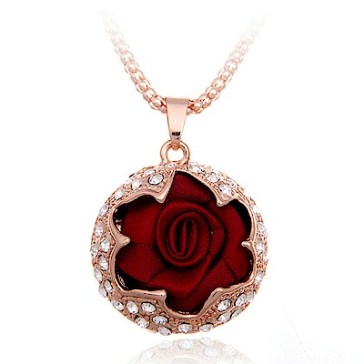 梨花HaNA 玫瑰之夜手工緞帶鑲飾長項鍊