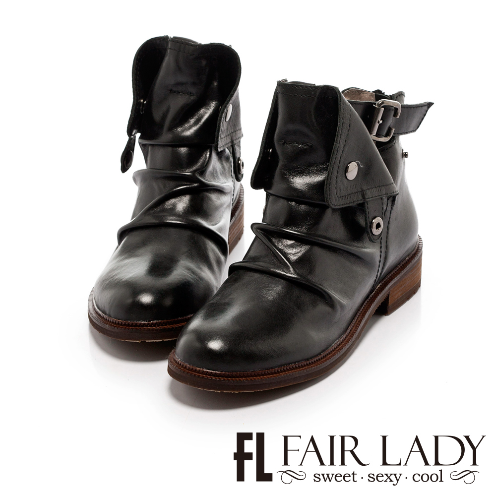 Fair Lady 率性抓皺扣飾後拉鍊短靴 黑