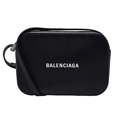 BALENCIAGA 經典EVERYDAY系列品牌白色字母LOGO小牛皮肩/斜背相機包-黑