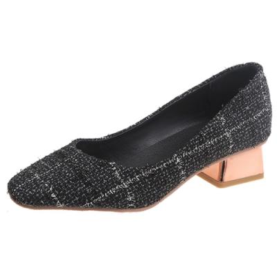 KEITH-WILL時尚鞋館 自外穿搭格紋方頭粗跟鞋-黑