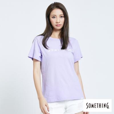 SOMETHING 釘珠LOGO 短袖T恤-女-芋紫