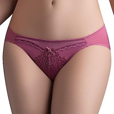 思薇爾 午夜巴黎系列M-XL蕾絲刺繡低腰三角內褲(紅玫色)
