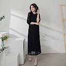 純色蕾絲布拼接袖口優雅五分袖長洋裝-OB大尺碼