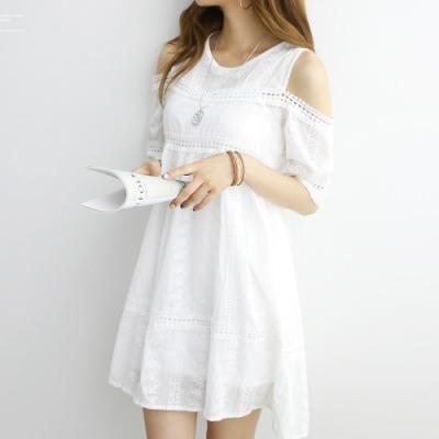 正韓 圓領拼接蕾絲露肩洋裝兩件套 (白色)-N.C21