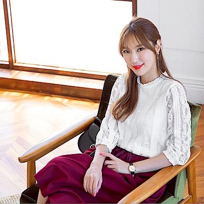 古典感鏤空蕾絲雕花純色上衣-OB嚴選