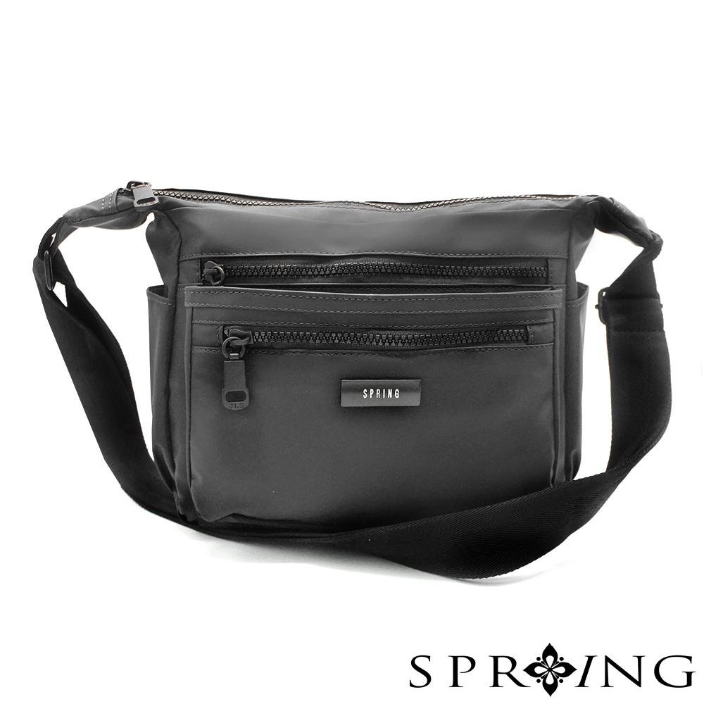 SPRING-微光澤輕量側背包-騎士黑