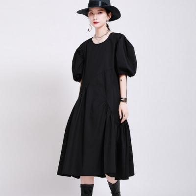 純色俏皮泡泡袖設計皺褶感大裙襬洋裝-F(共三色)-CLORI