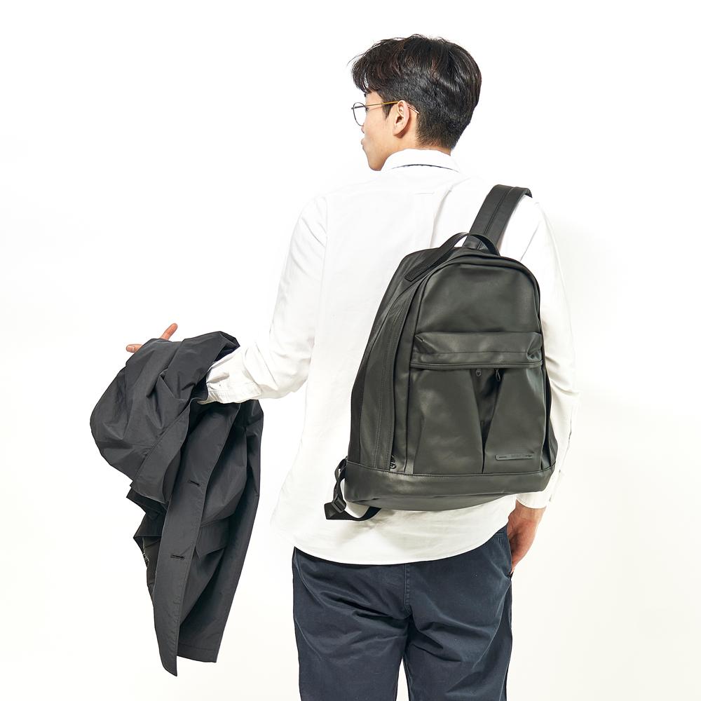 RAWROW-極黑系列-15吋兩用經典後背包(手提/後背)-RBP421BK
