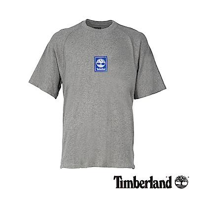 Timberland 男款麻灰後背線形品牌標識純棉短袖T恤 A1OAG