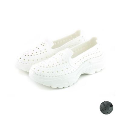 ARRIBA艾樂跑女鞋-洞洞防水休閒鞋 便鞋 懶人鞋-黑/白(61497)
