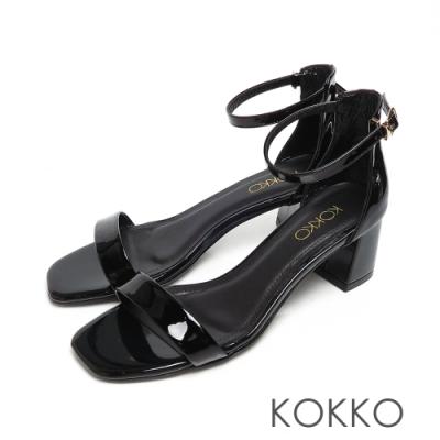 KOKKO時髦方頭牛漆皮一字帶粗跟繫帶涼鞋潤擇黑