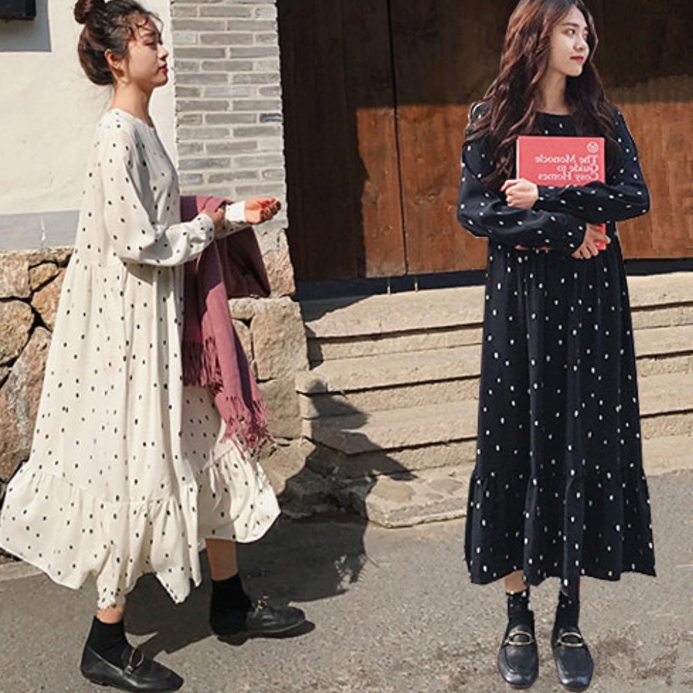 暢貨出清MOCO法式復古點點後拉鍊高腰寬鬆長版大荷葉裙擺洋裝L~4L