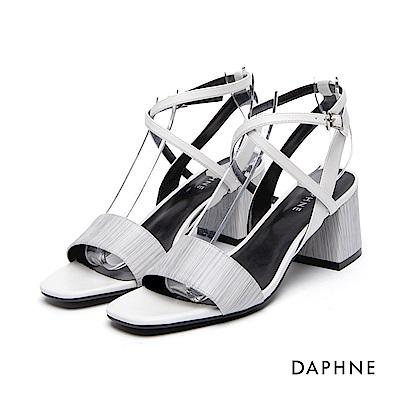 達芙妮DAPHNE 涼鞋-一字細帶繞踝粗高跟涼鞋-白