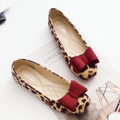 KEITH-WILL時尚鞋館 賣瘋了文藝豹紋豆豆鞋 杏