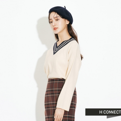 H:CONNECT 韓國品牌 女裝-撞色V領針織上衣-卡其