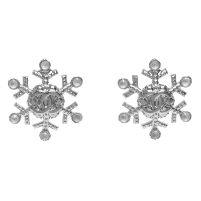 CHANEL 經典雙C LOGO雪花造型穿式耳環(銀)
