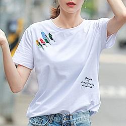 初色  羽毛字母刺繡上衣-白色-(M-2XL可選)