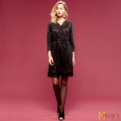MONS V領蕾絲修身洋裝(微彈性)