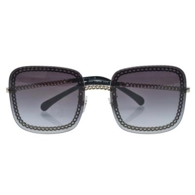 CHANEL 經典簍空方框太陽眼鏡(黑/金)