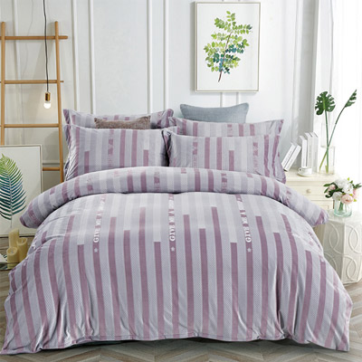 羽織美 清新漸層 雕花水晶絨加大鋪棉床包被套組