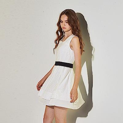 Ribbon 氣質雙層設計拼接雕花造型禮服洋裝-白