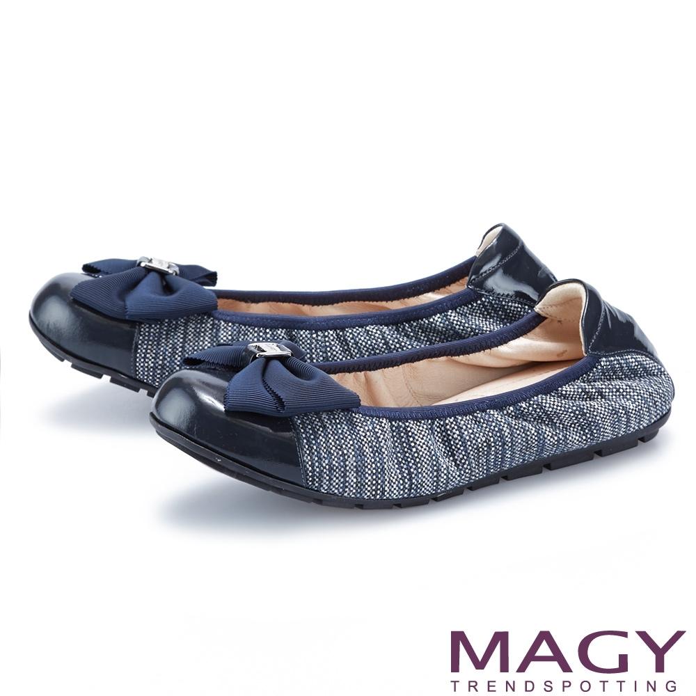 MAGY 五金蝴蝶結鬆緊帶真皮 女 平底鞋 藍色