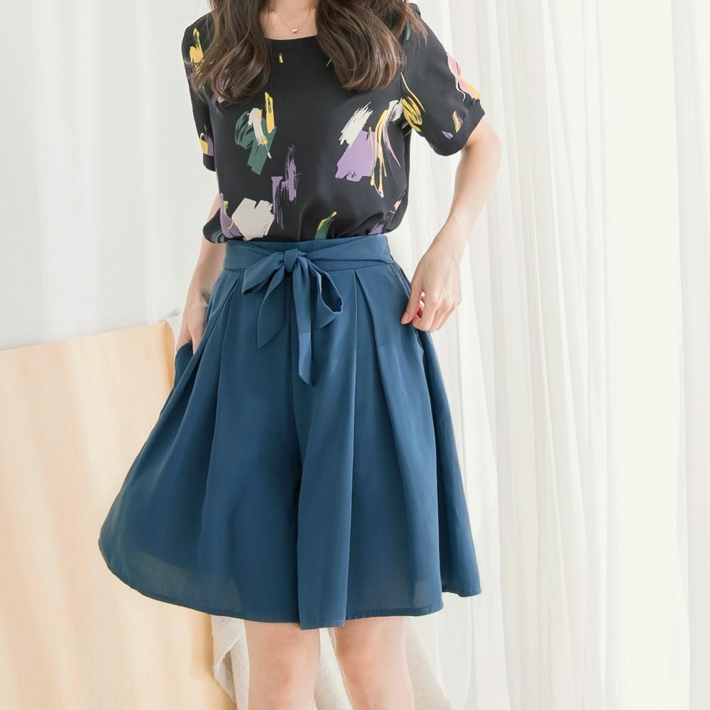 知性簡約造型綁帶腰頭打褶五分寬褲褲裙-OB大尺碼 product image 1