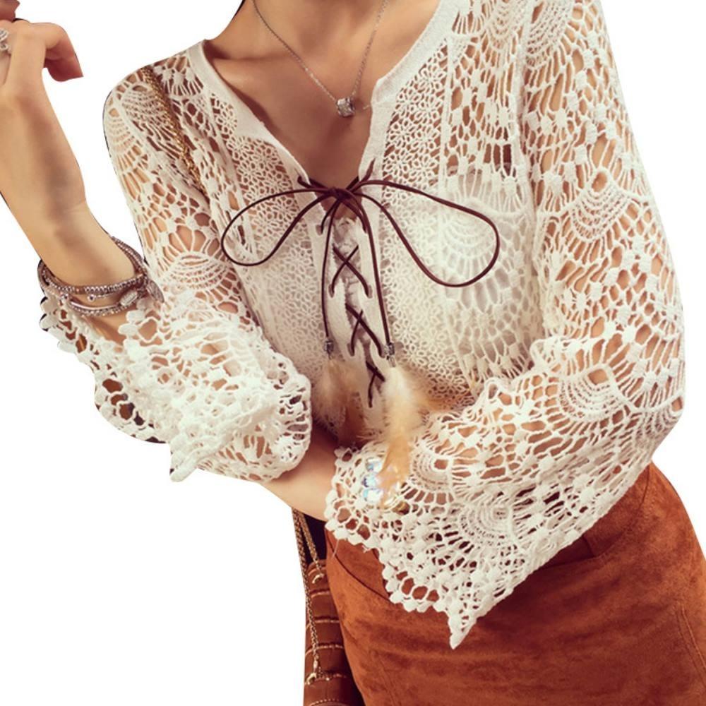 La BellezaV領布蕾絲緹花鏤空刻花羽毛皮繩交叉七分袖罩衫上衣