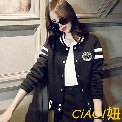 壓釦式徽章棒球運動外套 (共二色)-CIAO妞