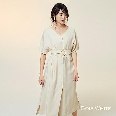 Bois White-V領木環腰帶襯衫洋裝-杏
