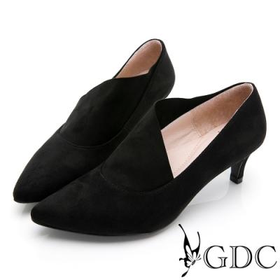 GDC-時尚小姐姐不規則剪裁素色基本尖頭低跟鞋-黑色