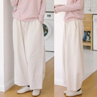 休閒褲-純棉白色牛仔寬鬆寬管-設計所在
