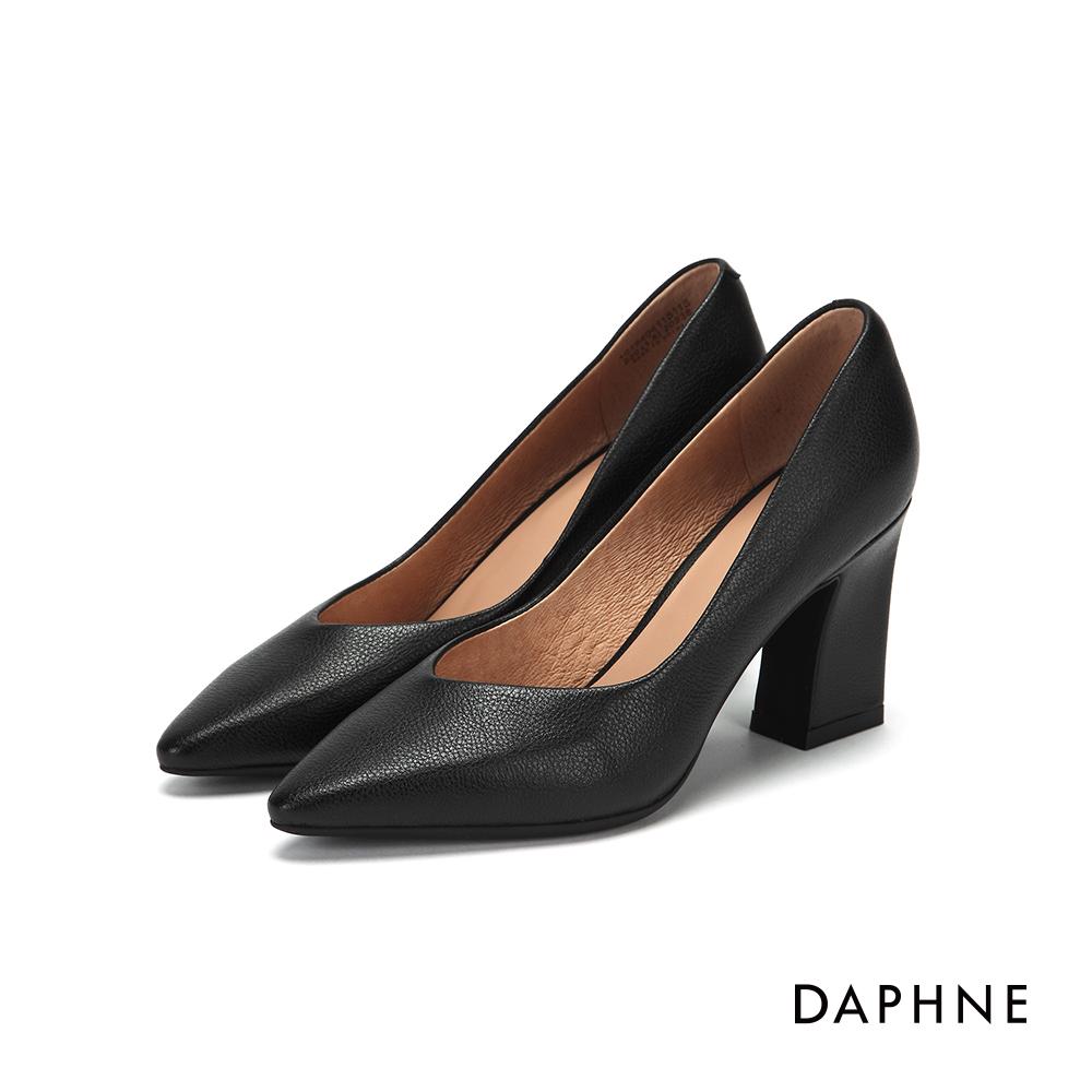 達芙妮DAPHNE 高跟鞋-真皮修飾尖頭粗跟高跟鞋-黑