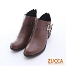 ZUCCA 扣環V領後拉鍊低跟靴-棕色-z6515ce