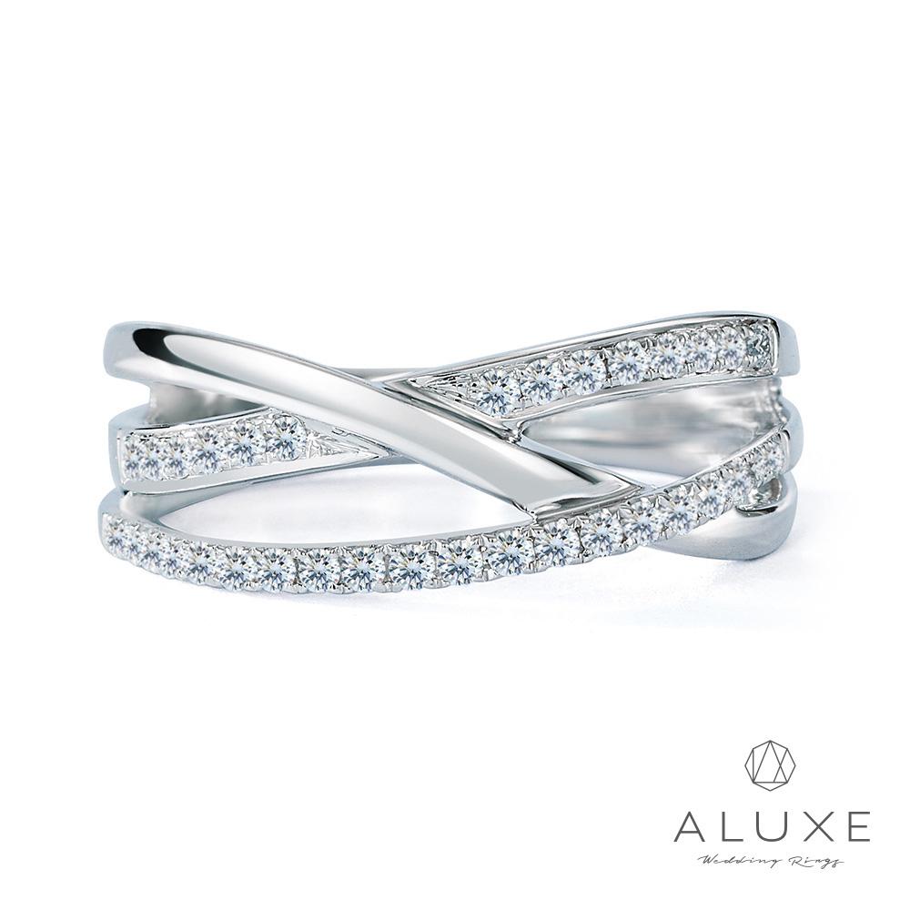ALUXE亞立詩 18K白金奢華鑽石線戒