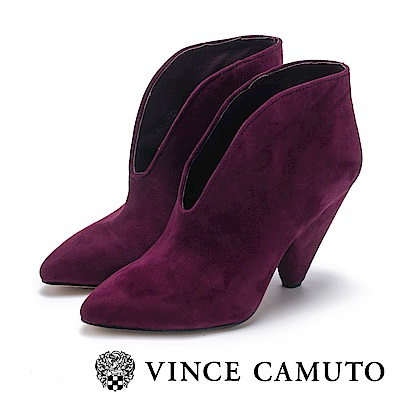 VINCE CAMUTO-麂皮流線V字切口高跟踝靴-絨酒紅