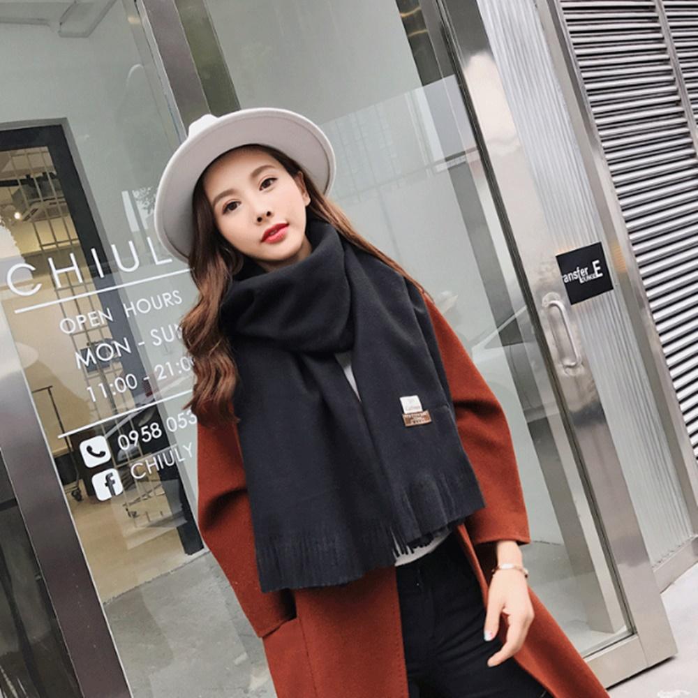 梨花HaNA 冬日極暖手感黃金絨SKY純色系列圍巾-黑色