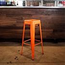 E-home Yanni亞尼工業風可堆疊金屬吧檯椅-高76cm 橘色