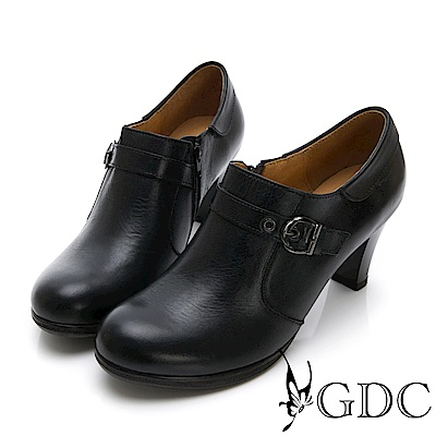 GDC-真皮擦色英倫風扣環中跟包鞋-黑色