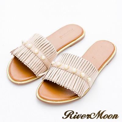 River&Moon大尺碼-麂絨珍珠流蘇金邊涼拖鞋-氣質杏