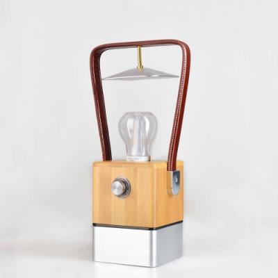 手提復古木製LED露營燈 馬燈 煤油燈