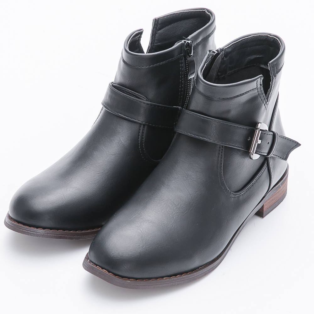 River&Moon大尺碼-金屬釦環側V口低跟短靴-黑