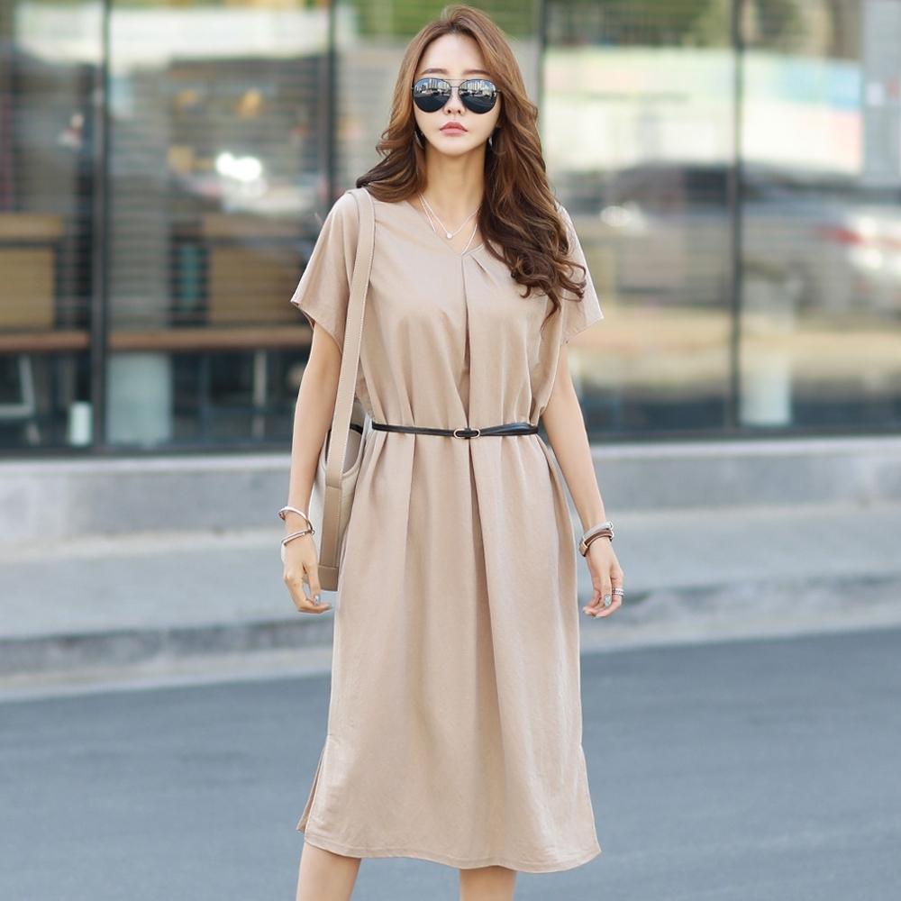 正韓 簡約V領純色抓摺短袖洋裝 (共二色)-N.C21