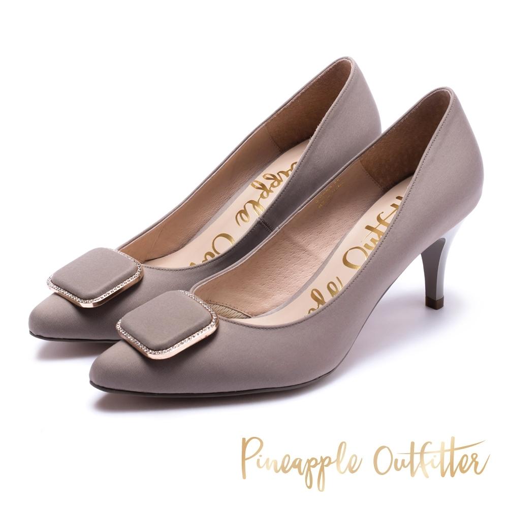 Pineapple Outfitter-PLUM 經典方形金飾素面中跟鞋-灰色