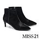 短靴 MISS 21 超前衛印象尖頭側拉鍊設計低跟短靴-黑 product thumbnail 1